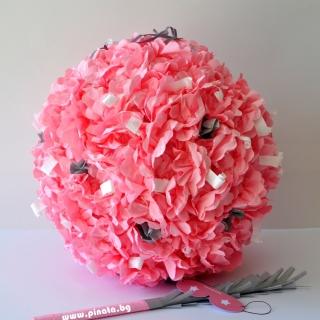 Празнична пинята с рози /сватбена/, диаметър 55 см