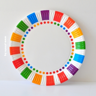Хартиена парти чинийка Цветна, 23 см