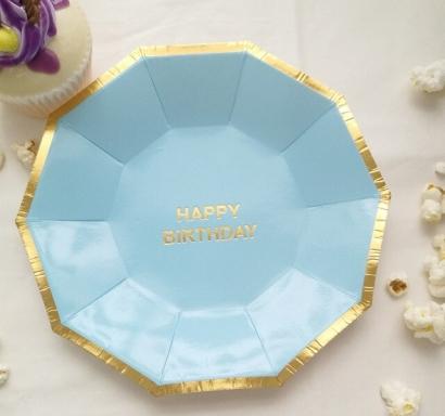 Хартиена парти чинийка цвят светло син със златен кант и надпис Happy Birthday, 18х18см 10 бр. в опаковка