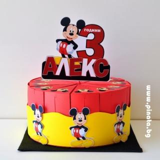 Хартиена торта с тематична декорация Мики Маус