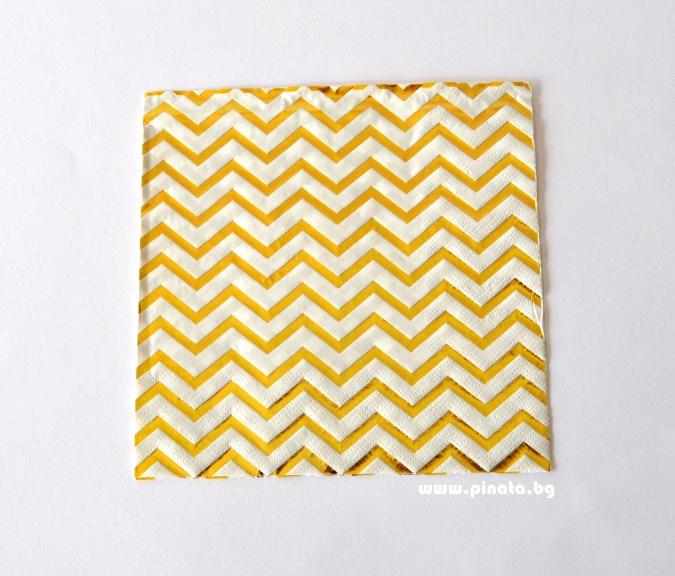Парти салфетки бели със златни елементи, 20 бр. в пакет