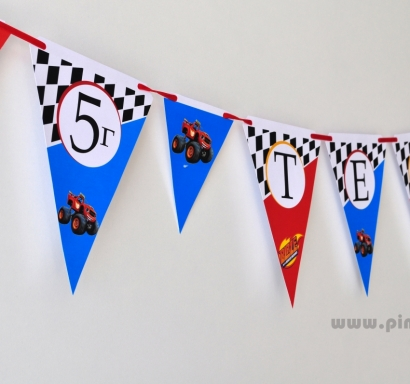 Персонализиран банер Честит Рожден Ден Блейз/Пламъчко, с включени 2 бр флагчета бонус