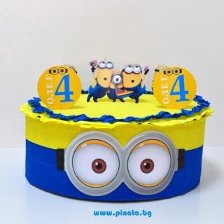 Хартиена торта кутия с тематична декорация Миньони