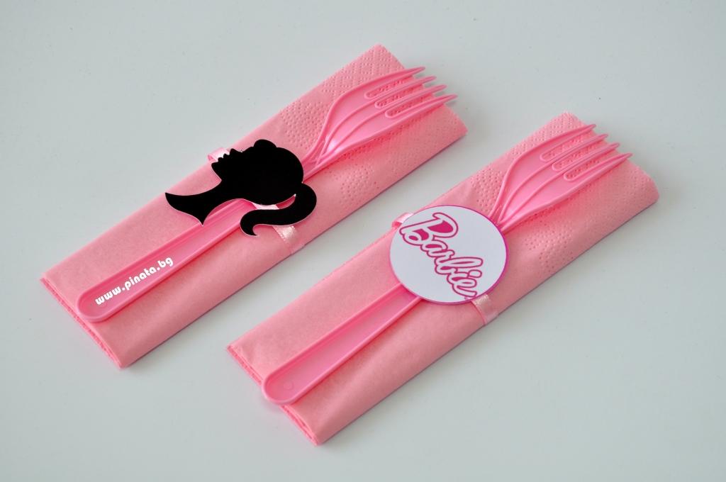 Парти комплект салфетка и виличка Барби 33х33 см
