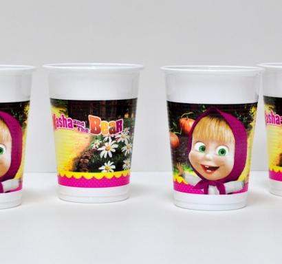 Пластмасова парти чашка Маша и Мечока 200 мл, лицензирана