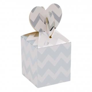 Кутийки за сладки или подаръчета, бели със сребърни блестящи ленти - 4 бр. в пакет