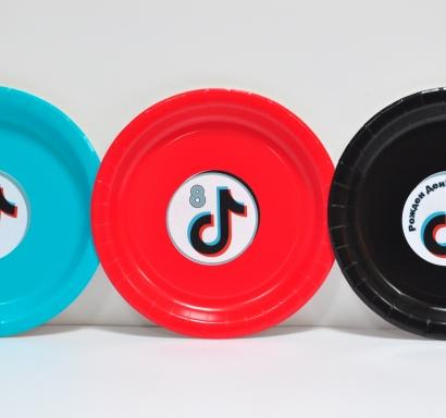 Персонализирана хартиена парти чинийка Тик Ток
