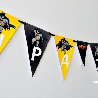 Персонализиран банер Честит Рожден Ден Батман, с включени 2 бр. фигури бонус