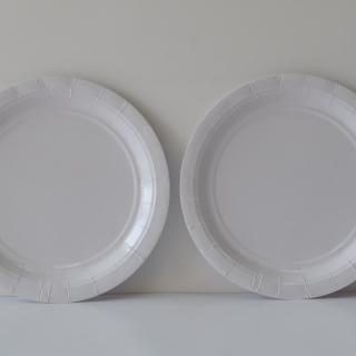 Хартиена парти чинийка, 23 см диаметър бяла