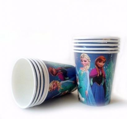 Хартиена парти чашка Елза и Ана Замръзналото Кралство, 10 бр. в опаковка