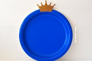 Персонализирана хартиена парти чинийка златна Корона