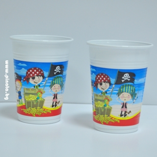 Пластмасова парти чашка Пирати 200 мл, лицензирана