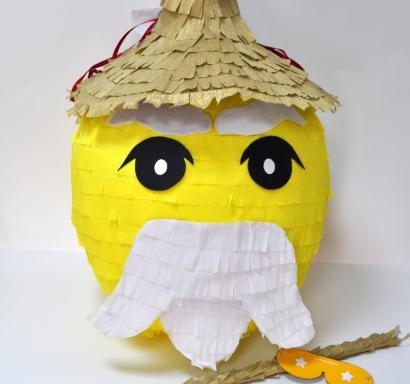 Пинята Лего Нинджаго Сенсей Ву диаметър 40 см