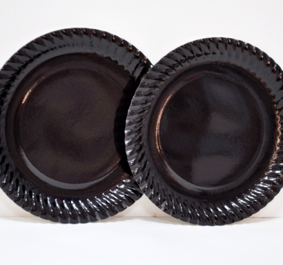 Парти чинии едноцветни черни 23 см