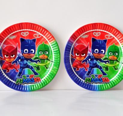 Хартиена парти чинийка Пи Джи Маски 23 см, лицензирани